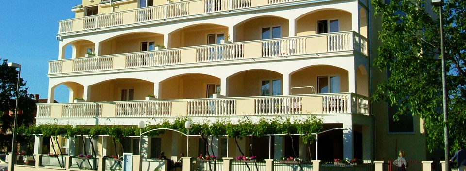 Family hotel in Biograd